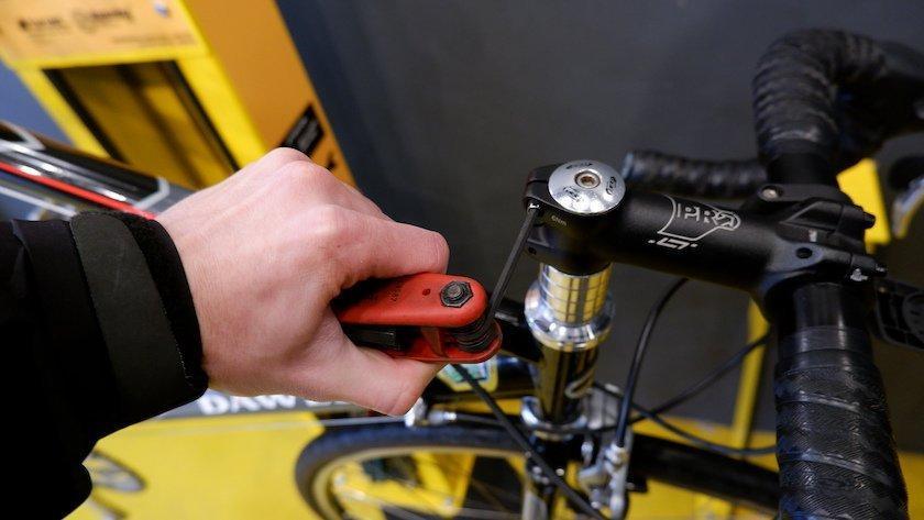 headset bike repair station