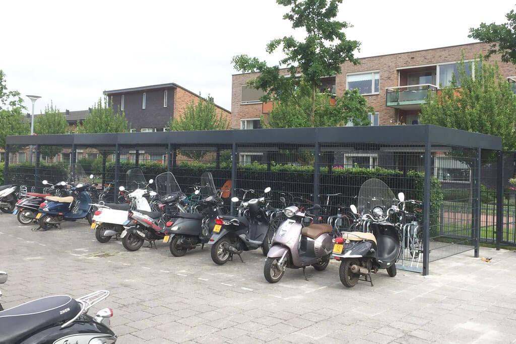 Cubic Mesh Bike Store