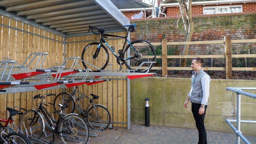 how to use two-tier bike rack